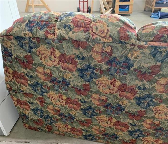 Floral couch clean and dry