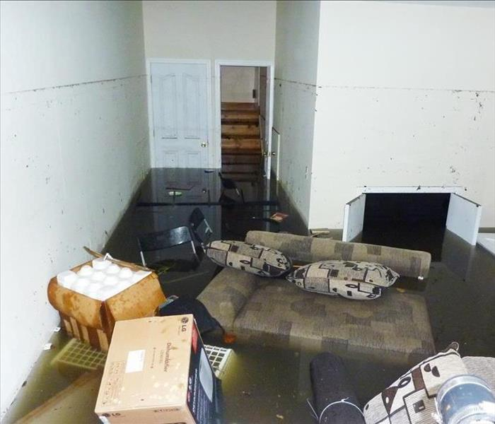 Water Damage S. Illinois Needs a Fast Response To Flooded Basements